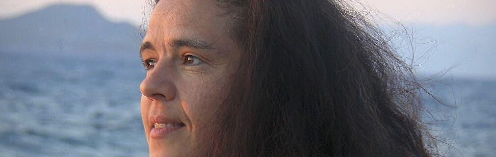 Eleni Diniou Kotsaridis Healing Schmuck Musik